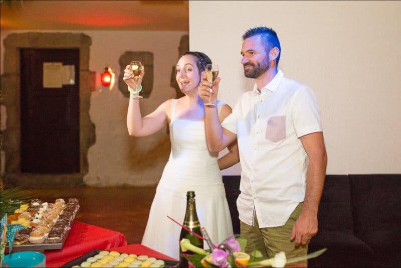 Photographe de mariage à Issoire, je réalise des images prises sur le vif pour des souvenirs pleins d'émotions